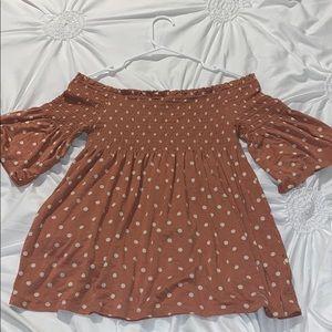 Over the shoulder Polkadot blouse